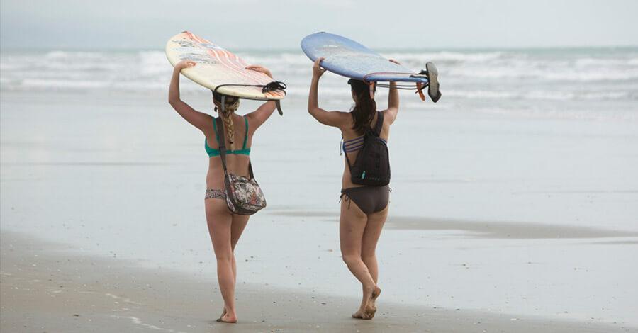 Montañita is, surfers