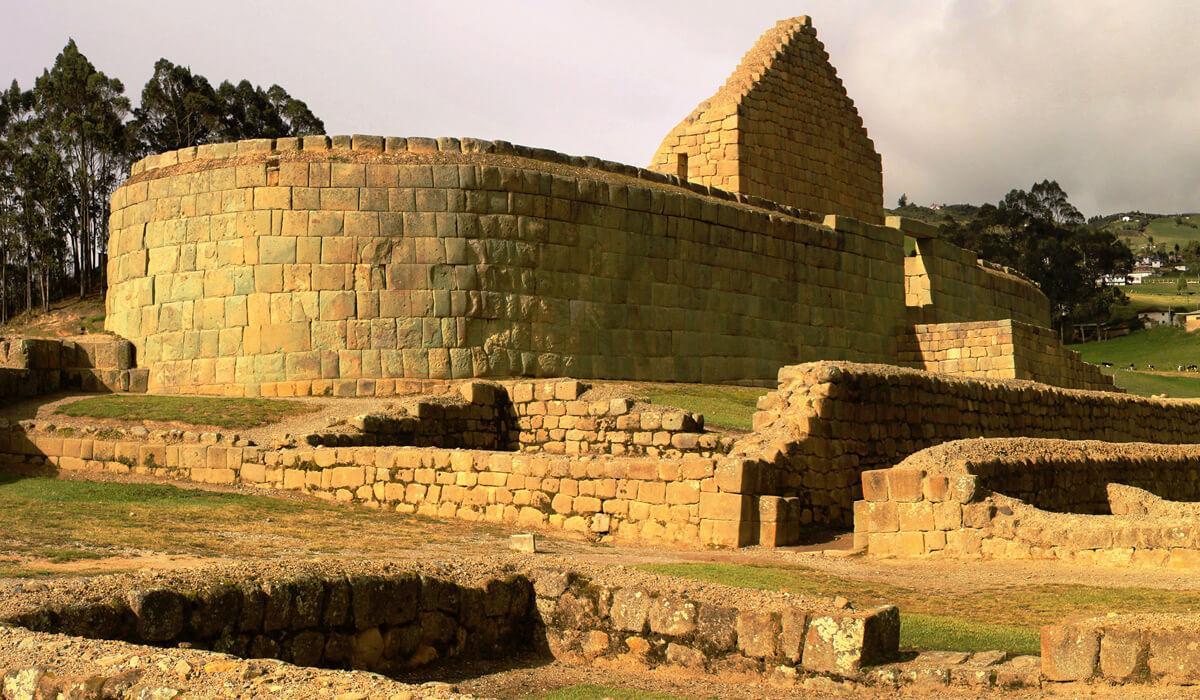 ingapirca-ruins-ecuador