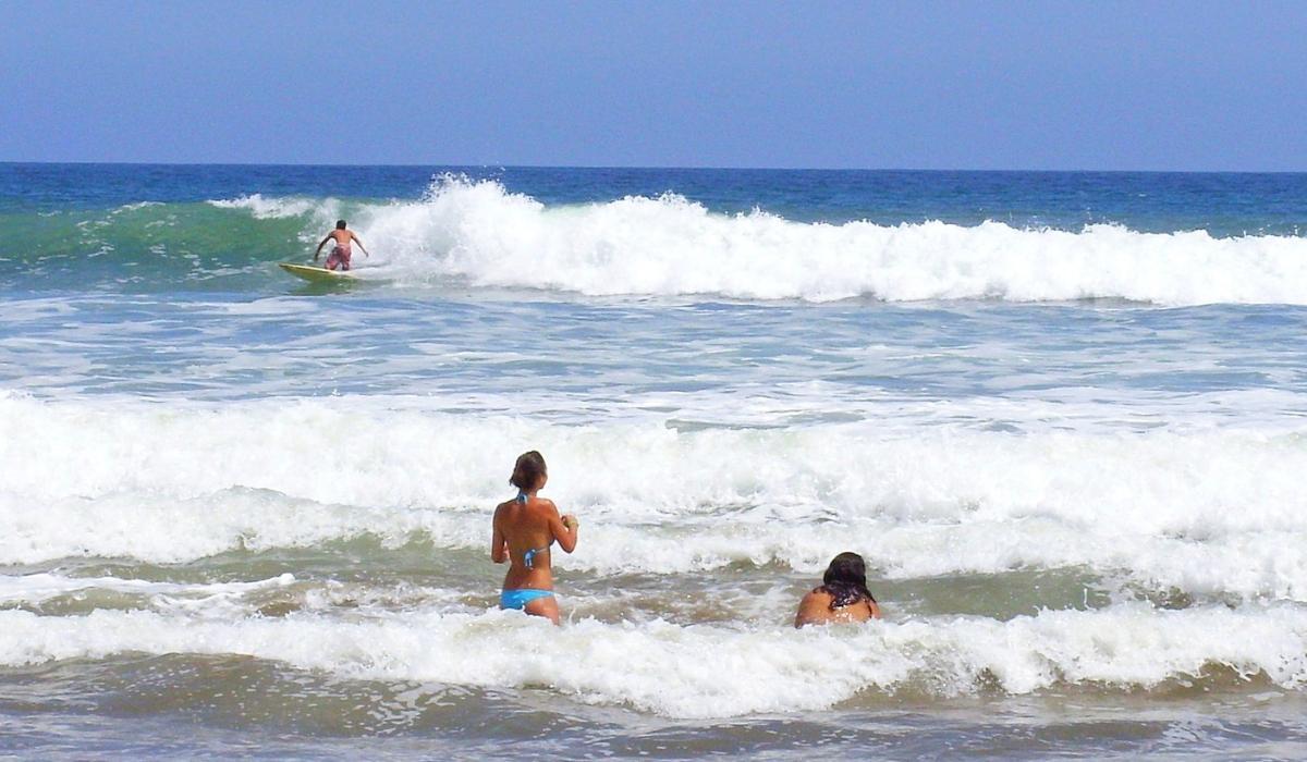 montanita-beach-ecuador