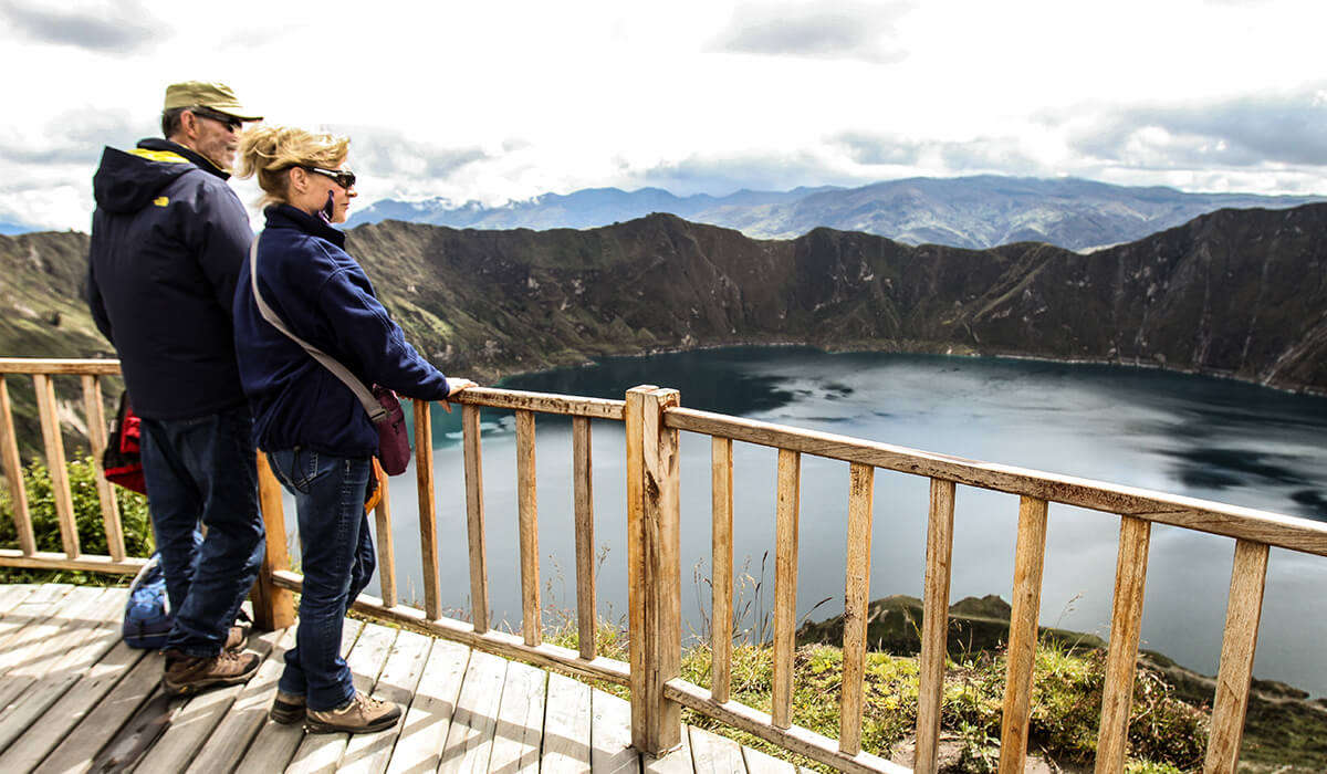 How far is Quilotoa from Cotopaxi?