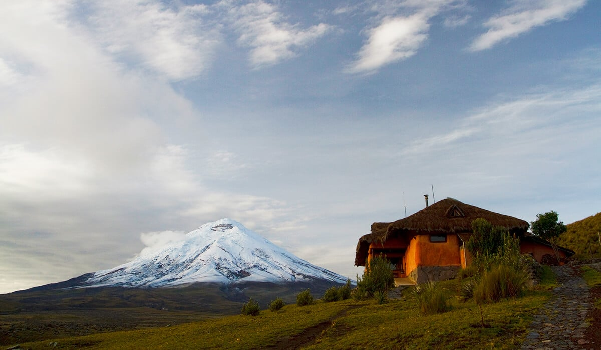 Cities and villages to sleep after visiting Cotopaxi